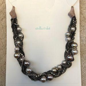 Stella & Dot Colette Necklace